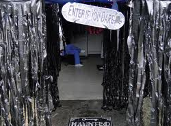 haunted_house_black_plastic-resized-600.png
