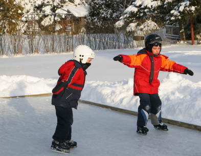 Global Plastic Sheeting Ice skating liner with kids skating