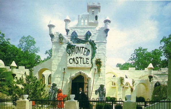 Haunted_House_Plastic_Protects