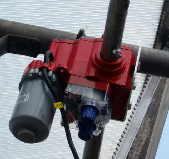 LVM 100 GREENHOUSE RACK AND PINION MOTOR